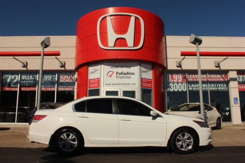 Pre-Owned 2011 Honda Accord Sedan SE- BLUETOOTH+ PREMIUM SOUND SYSTEM & MORE! FWD 4dr Car