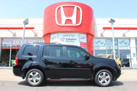 Pre-Owned 2015 Honda Pilot EX-L - YOU WILL LOVE THIRD ROW SEATING - 4WD