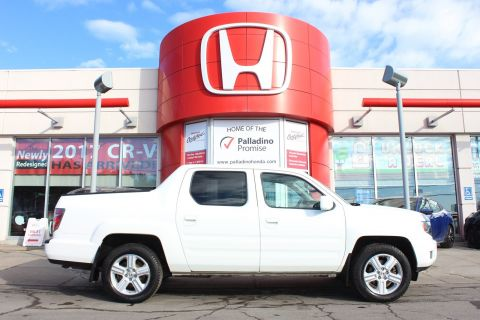 Pre-Owned 2013 Honda Ridgeline Touring - FULLY LOADED PICK UP - With Navigation & 4WD