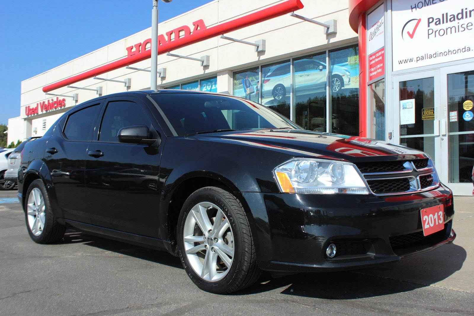 pre-owned 2013 dodge avenger sxt - ride in style 4dr car in